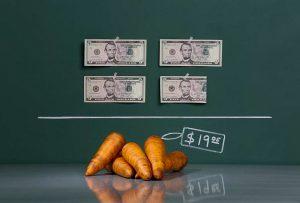 Μπορούν οι οικονομολόγοι να λογιστούν επιστήμονες; (TRIVERS)