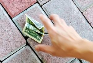 Το φαινόμενο του χρήματος που δεν κερδίζουμε με κόπο