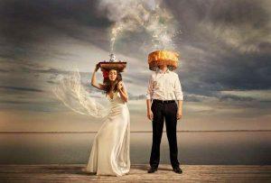 Στον γάμο, επειδή είναι η στενότερη δυνατή συναναστροφή, ισχύουν πολύ περισσότερο οι κανόνες περί καλής συναναστροφής. (ΕΞΕΛΜΑΝ)