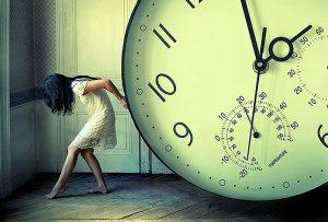 Γιατί τελικά ο χρόνος ανακοινώνει τη δικαστική απόφαση της φύσης για την αξία όλων των πλασμάτων (A. SCHOPENHAUER)
