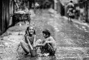 Τα μικρά παιδιά εκφράζουν αυτό που νιώθουν και δεν φοβούνται να αγαπήσουν (DON MIGUEL RUIZ)