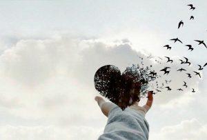 Χωρίς την αίσθηση της έντονης αγάπης, δεν μπορείς να έχεις την αντίληψη του συνόλου της ζωής. (JIDDU KRISHNAMURTI)